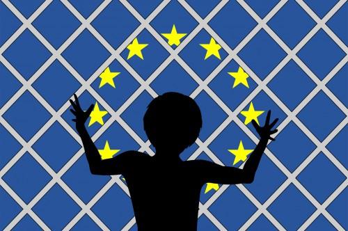 De moins en moins d'accès en Europe pour les réfugiés et migrants syriens, afghans et autres. Crédit:123RF/Sangoiri