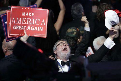 Dans une Amérique profonde qui croit à sa suprématie éternelle, le candidat républicain a su faire résonner un slogan simpliste mais redoutable.